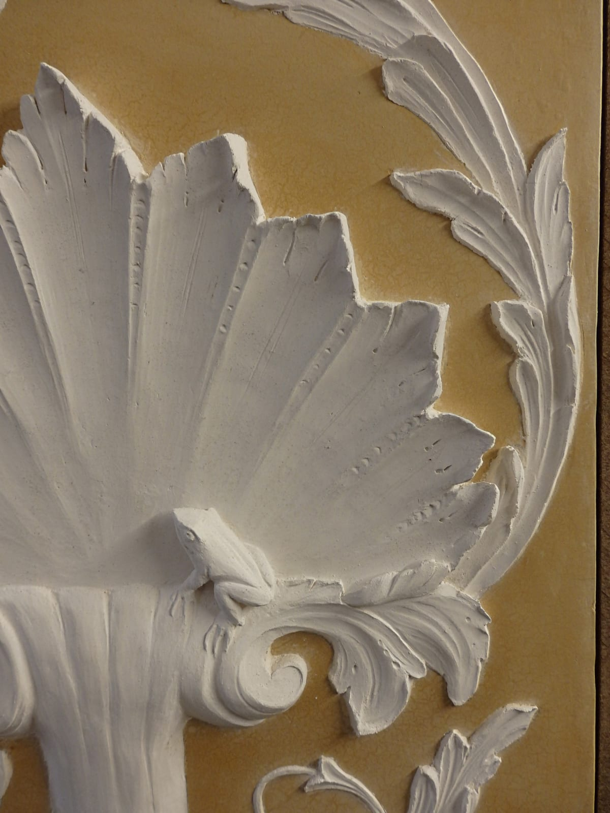 The Shell and the Frog Marmorino bas-relief sculpture